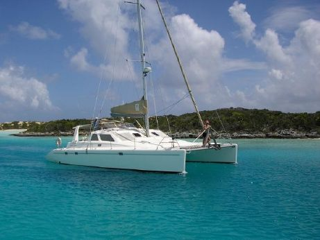 2002 Voyage Yachts 440 Owner's Verion