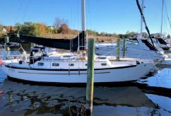 1990 Pacific Seacraft 34