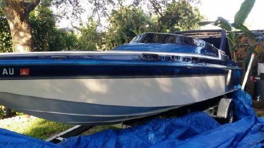1988 Carrera Boats 235 Classic