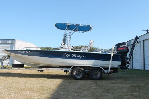 1996 Bay Quest 22'