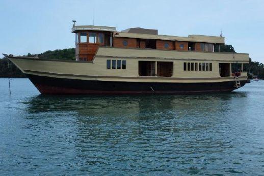 2011 28m Teak Charter Vessel