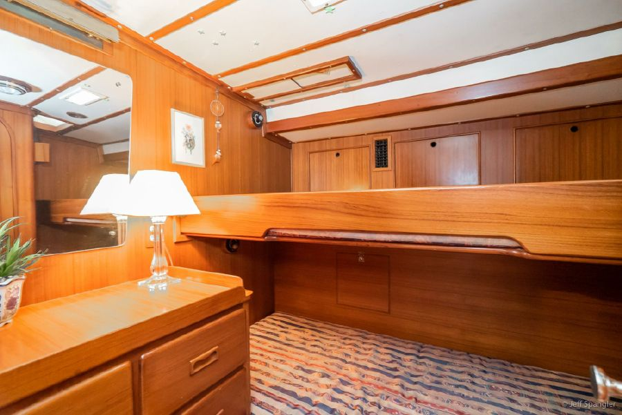 Mason 63 Ketch Guest Stateroom