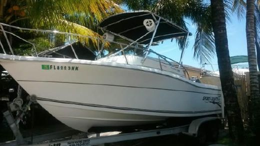 2000 Sport-Craft 221 Walk Around