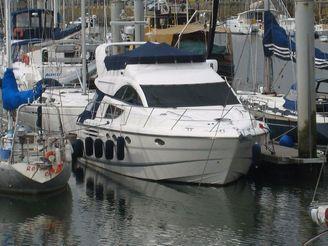 2003 Fairline Phantom 43