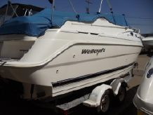 2000 Wellcraft Martinique 2400