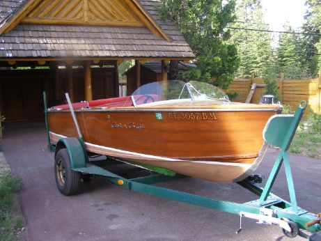 1955 Chris-Craft CLASSIC MAHOGANY RUNABOUT