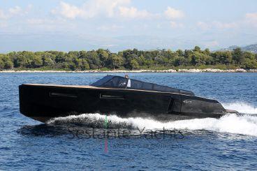 2015 Evo Yachts Evo 43