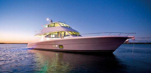 2016 Maritimo Yachts M 73