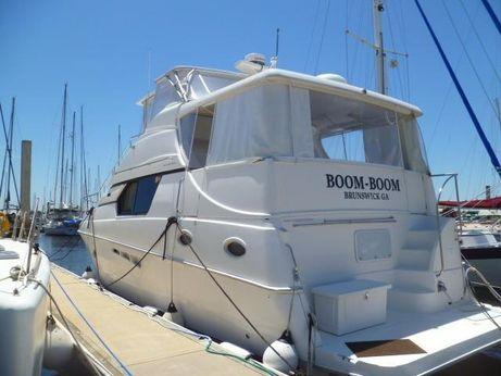 2000 Silverton 453 Hard Top Motor Yacht