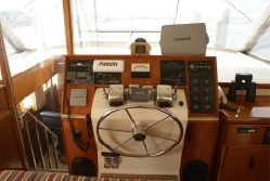 photo of  Chris-Craft Commander