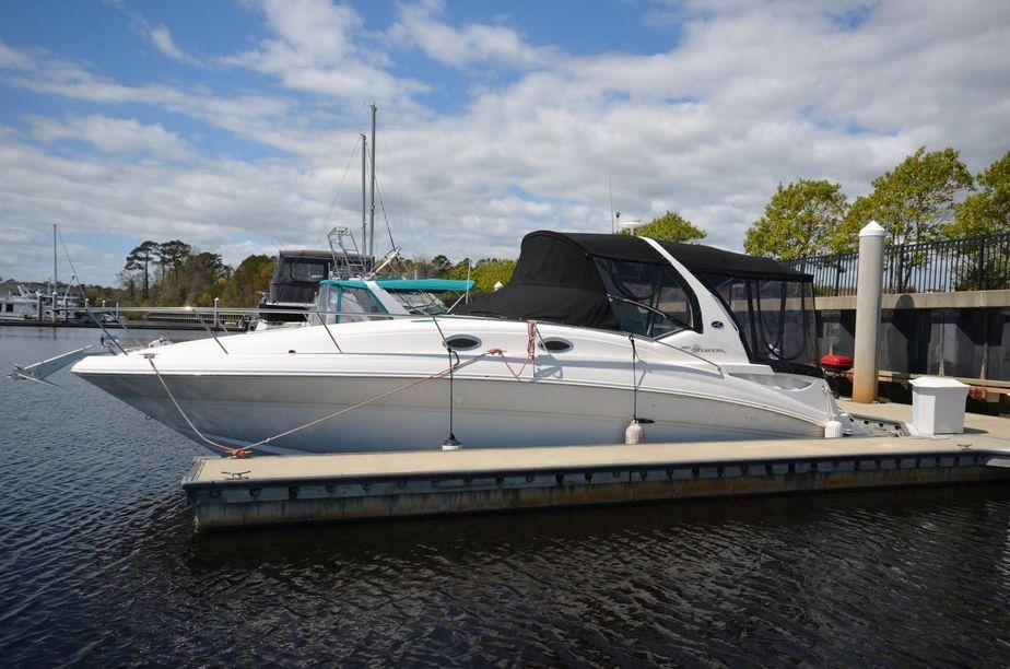 2002 Sea Ray 320 DA with 2011 Blocks Power Boat For Sale