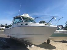 2019 Boston Whaler 315 Conquest