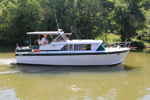 1966 Marinette 32 Express