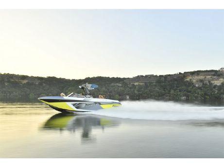 2018 Tige Boat RZX3