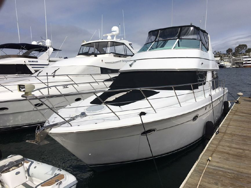 Carver 450 Pilothouse Yacht for sale in Newport Beach