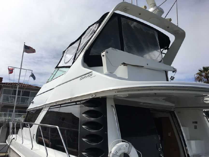 Carver 450 Voyager Pilothouse Yacht for sale in Newport Beach
