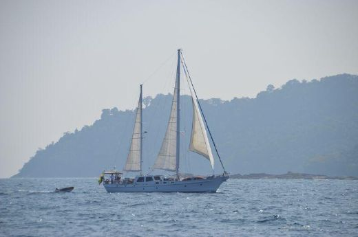 1978 Pilot House Ketch - Don Brooke 77'