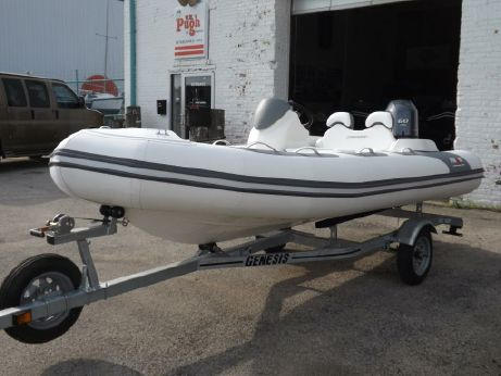 2018 Avon Seasport 440 Deluxe NEO 60hp In Stock