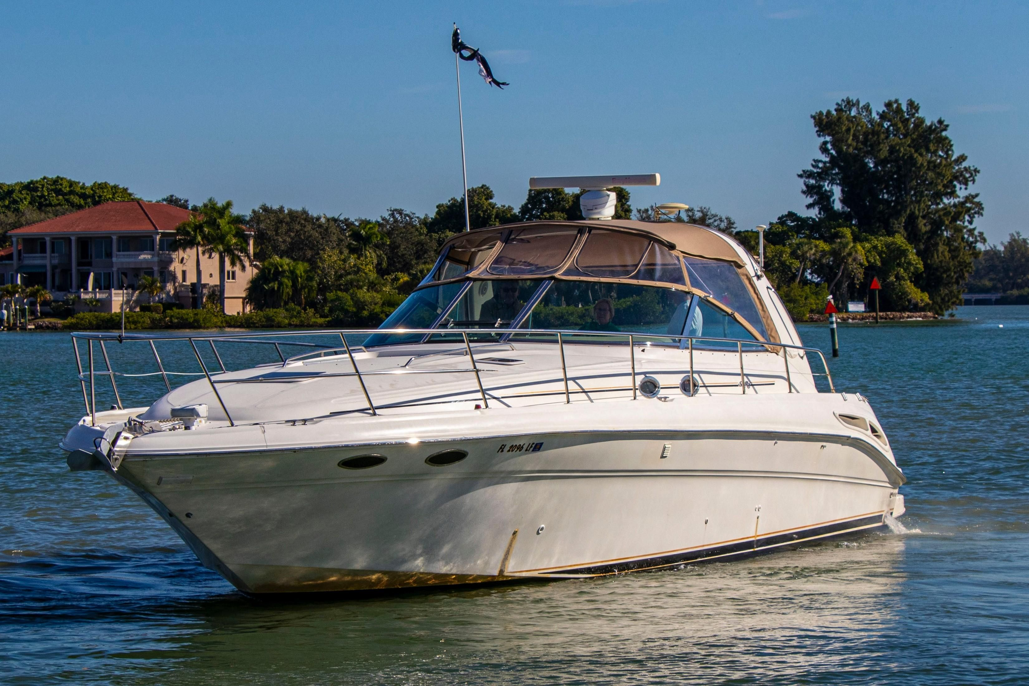 2000 Sea Ray 410 Express Cruiser Express Cruiser For Sale Yachtworld
