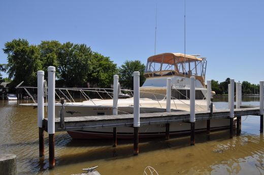 1977 Viking 40 Sedan / Sportfish