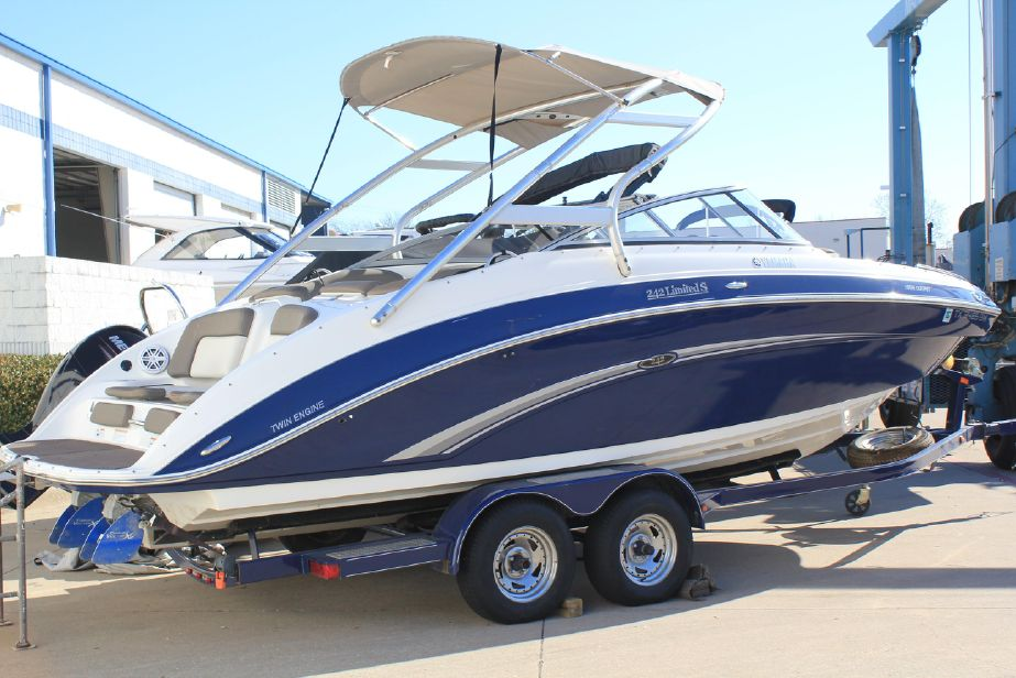 2011 Yamaha Boats 242 Limited S Bowrider For Sale Yachtworld