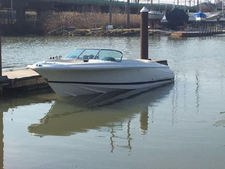 2005 Chris Craft 25 Launch