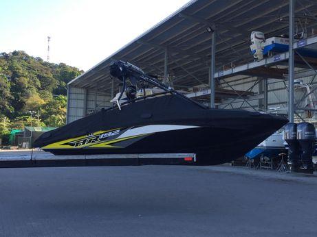 2014 Yamaha Sport Boat inboard