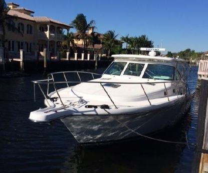 2002 Pursuit 3800 Express