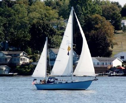 1972 Allied Seawind Ketch 30
