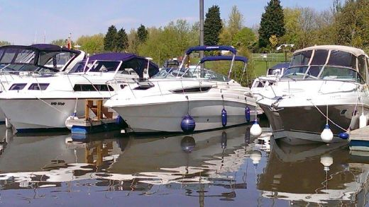 2000 Chaparral 260 Signature