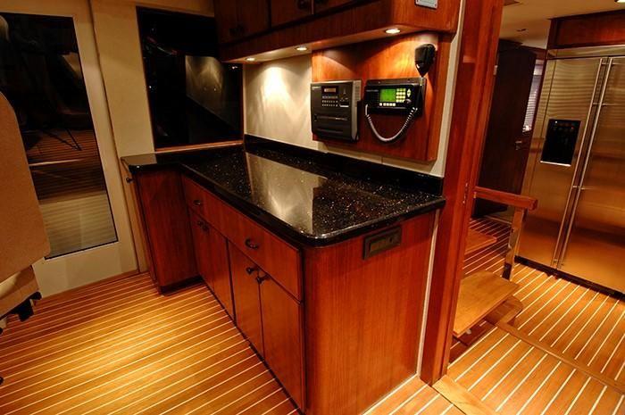 NorthCoast 82 Yacht Wetbar