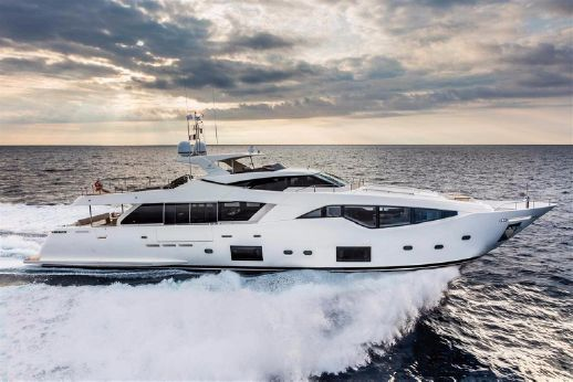 2016 Ferretti Yachts Custom Line 108