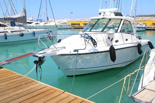 2008 Boston Whaler 345 Conquest Open