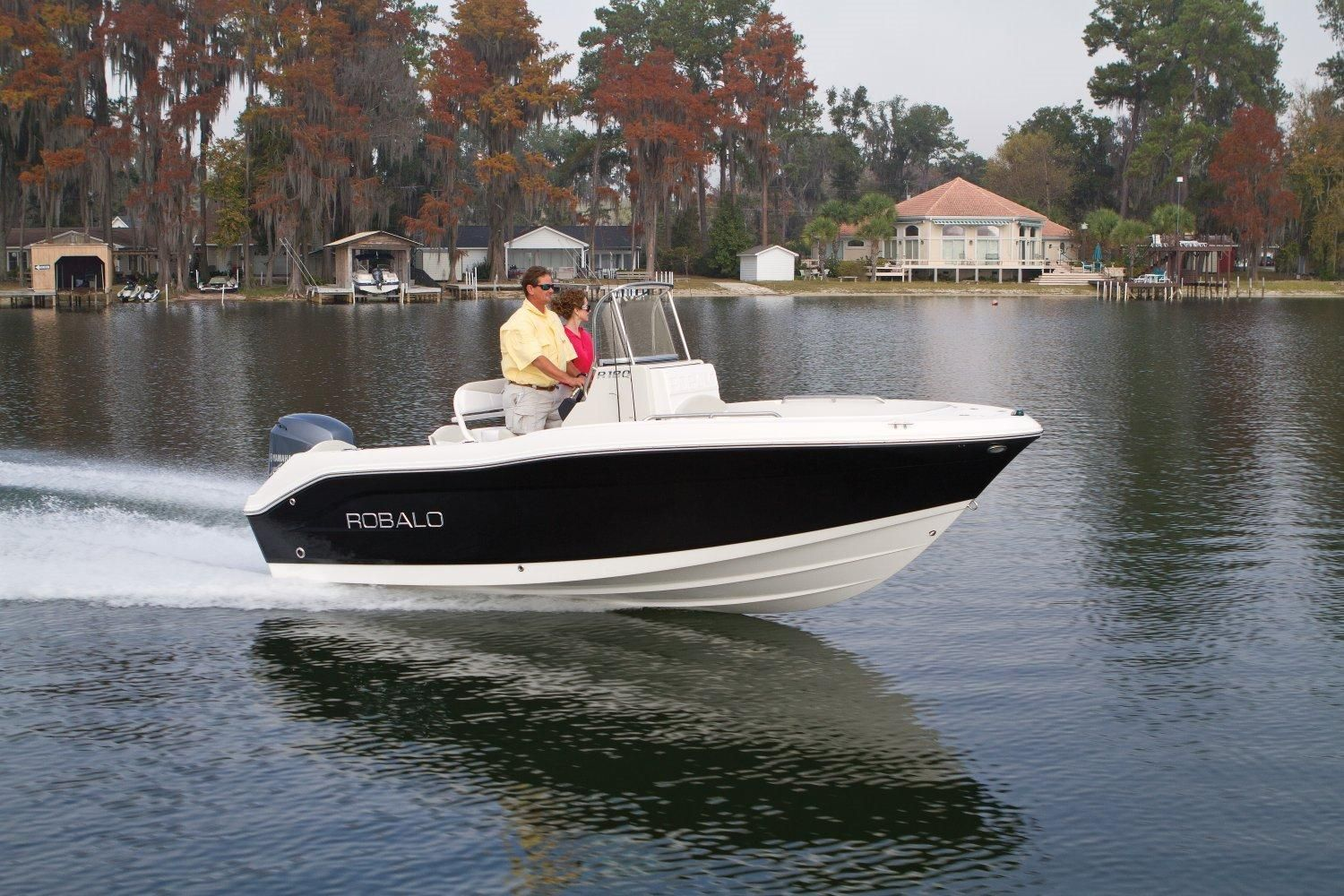 2017 robalo r180 center console 2017 power boat for sale for Robalo fish in english
