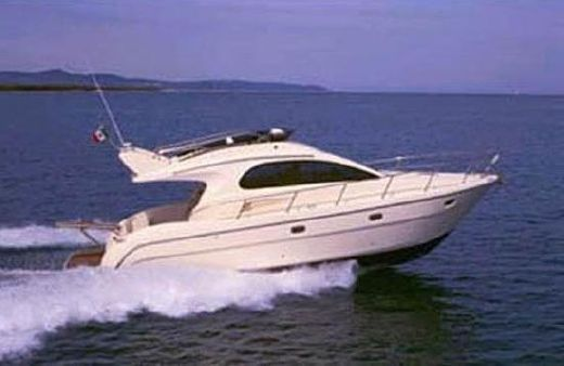 2004 Intermare 37 Fly