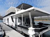 photo of 84' Sunstar 18' x 84' Houseboat