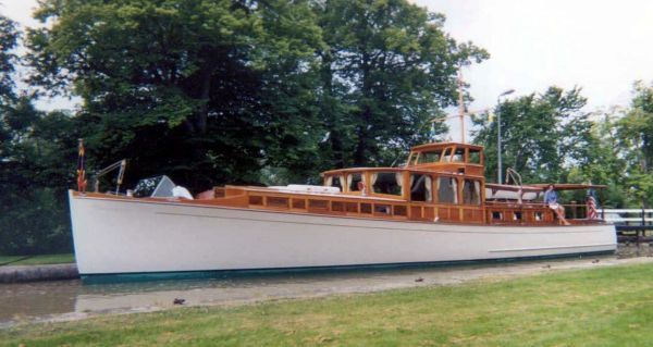 1929 consolidated commuter power boat for sale www for Vintage motor yachts for sale