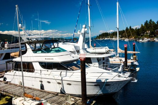 2000 Carver Voyager Pilothouse