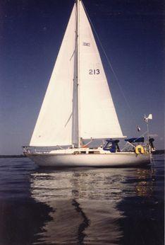 1981 C&C Landfall 38