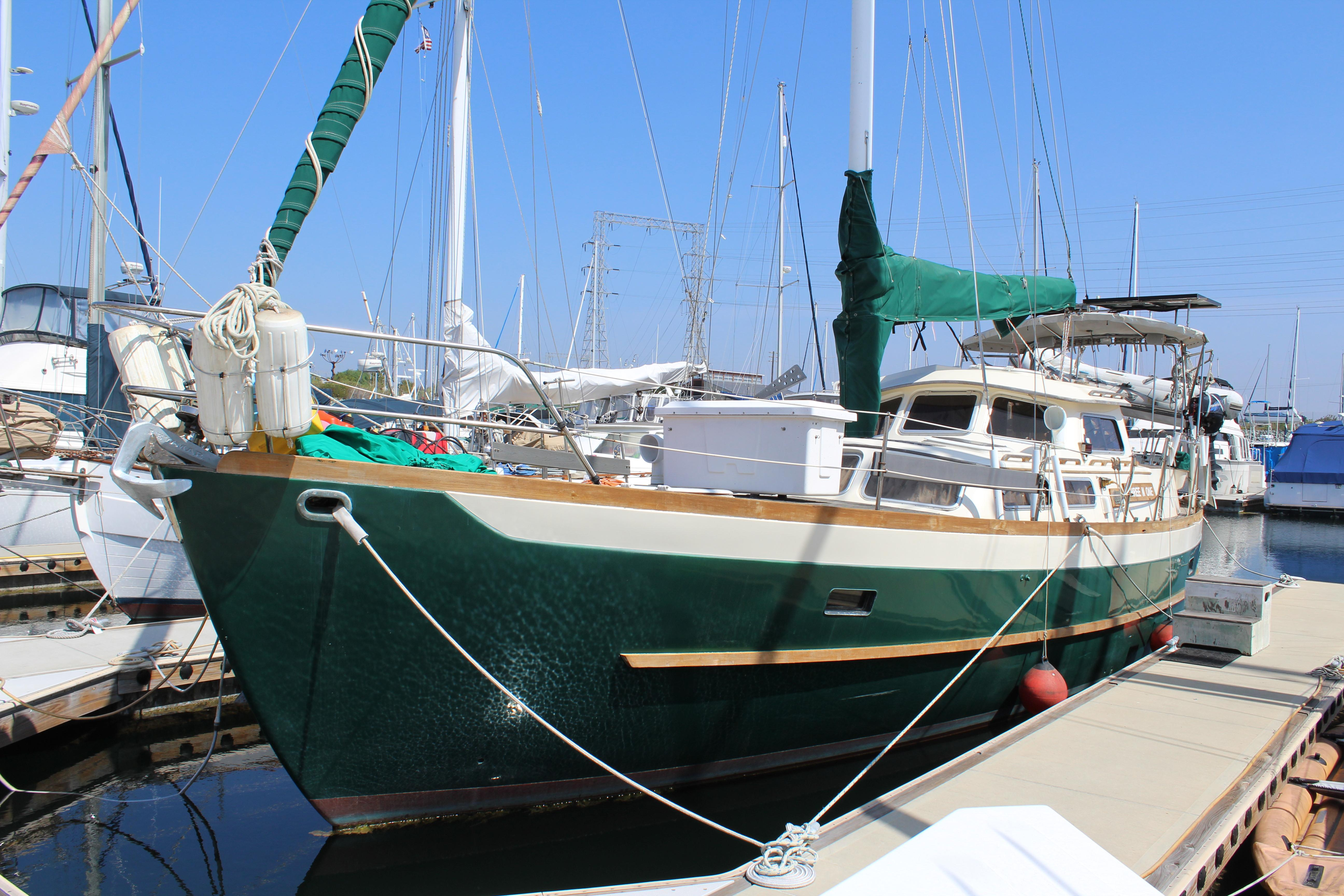 1984 Cheoy Lee 43 Sail Boat For Sale Www Yachtworld Com