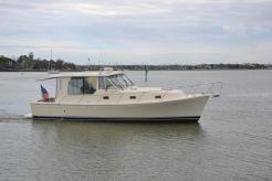 2006 Mainship 34 Pilot Sedan