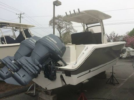 2015 Pursuit C 260 Center Console