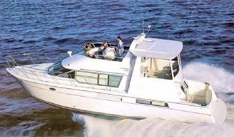 1996 Carver Cockpit Motoryacht