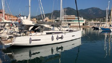 2015 Dufour Grand Large 560