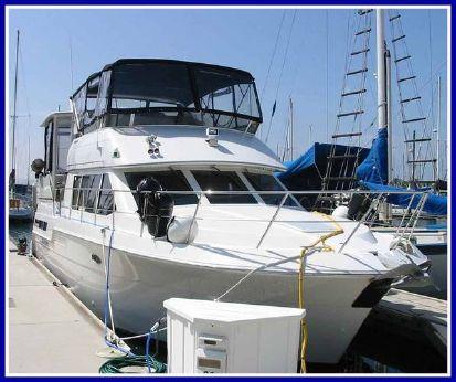 1997 Carver 405 Motor Yacht
