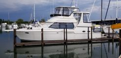2001 Carver 404 Cockpit Motor Yacht