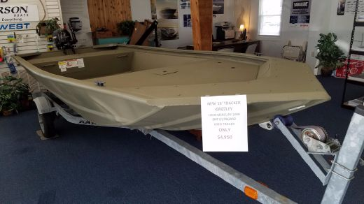 2016 Tracker Grizzly 1648 Jon Boat