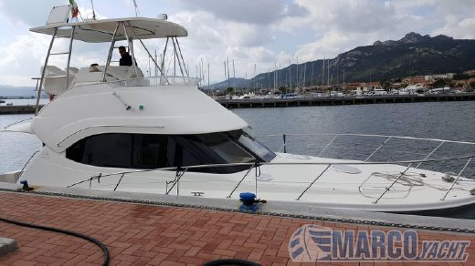 2009 Riviera 38 t- top fly