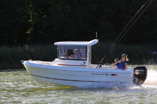 2017 Smartliner Fisher 19