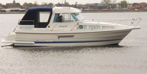 1999 Marex 280 Holiday